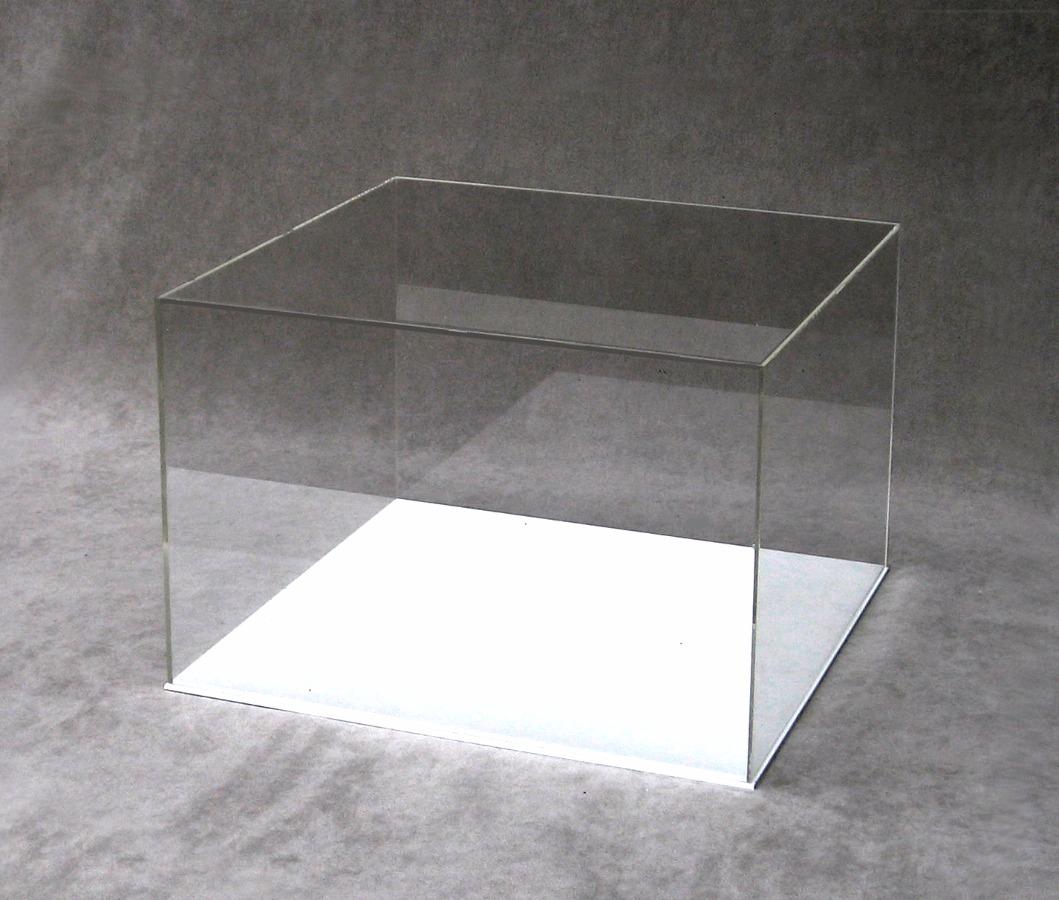 teka modellismo  Orus - Lavorazione e vendita prodotti in plexiglass